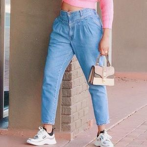 Chic Vintage High Waisted Pleated Tapered Jeans